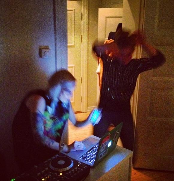 ExposeExpress DJ
